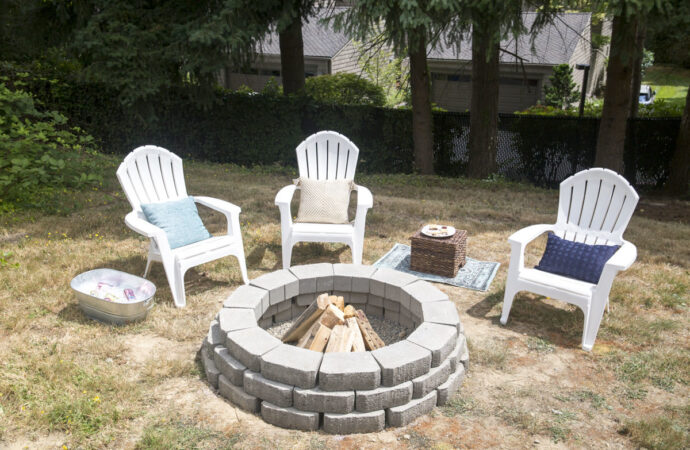 Hebron-Carrollton TX Professional Landscapers & Outdoor Living Designs-We offer Landscape Design, Outdoor Patios & Pergolas, Outdoor Living Spaces, Stonescapes, Residential & Commercial Landscaping, Irrigation Installation & Repairs, Drainage Systems, Landscape Lighting, Outdoor Living Spaces, Tree Service, Lawn Service, and more.