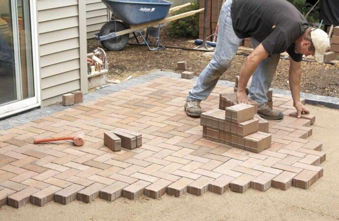 Pavers-Carrollton TX Professional Landscapers & Outdoor Living Designs-We offer Landscape Design, Outdoor Patios & Pergolas, Outdoor Living Spaces, Stonescapes, Residential & Commercial Landscaping, Irrigation Installation & Repairs, Drainage Systems, Landscape Lighting, Outdoor Living Spaces, Tree Service, Lawn Service, and more.